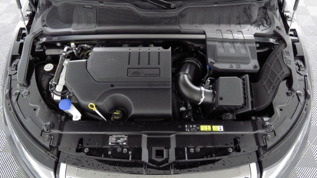 2019 Land Rover Range Rover Evoque 5 Door HSE - 18470409 - 29