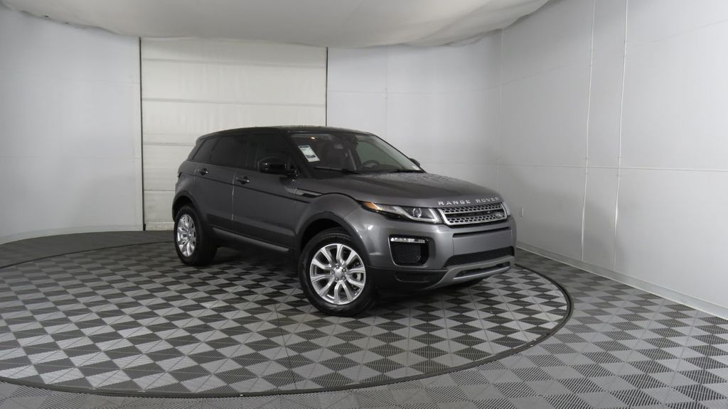 2019 Land Rover Range Rover Evoque 5 Door SE - 18677820 - 3
