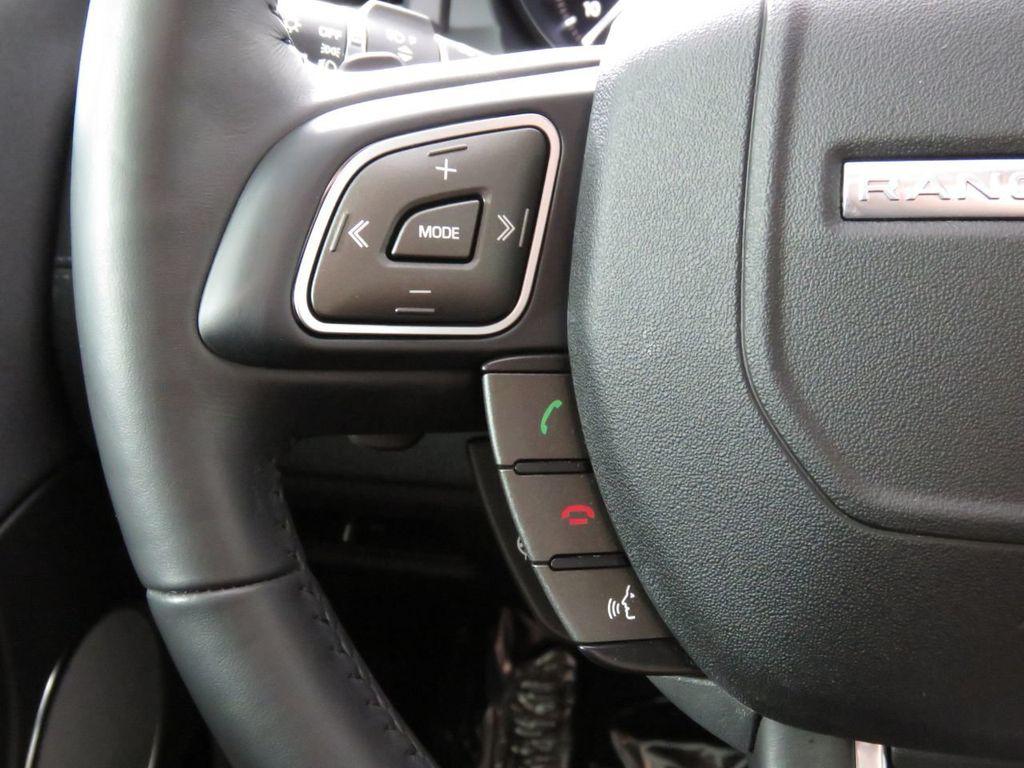 2019 Land Rover Range Rover Evoque COURTESY VEHICLE - 18859984 - 10