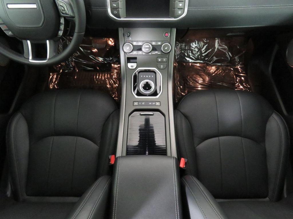 2019 Land Rover Range Rover Evoque COURTESY VEHICLE - 18859984 - 16