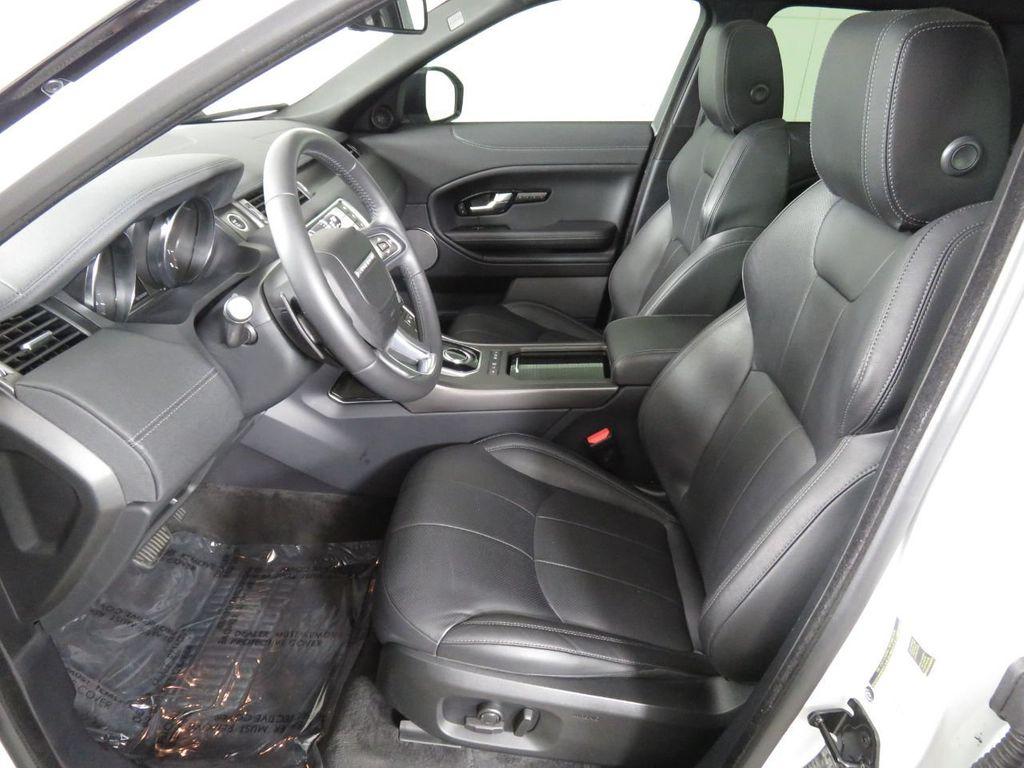 2019 Land Rover Range Rover Evoque COURTESY VEHICLE - 18859984 - 19