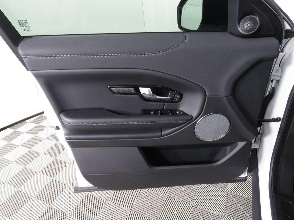 2019 Land Rover Range Rover Evoque COURTESY VEHICLE - 18859984 - 24