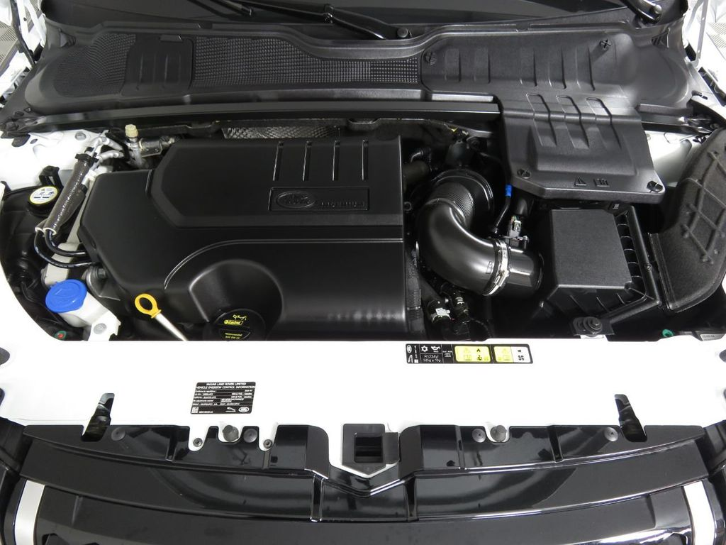 2019 Land Rover Range Rover Evoque COURTESY VEHICLE - 18859984 - 29