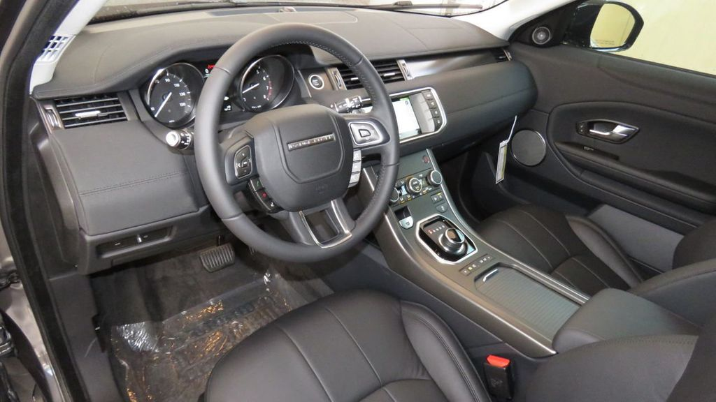 2019 Land Rover Range Rover Evoque COURTESY VEHICLE  - 18677820 - 9