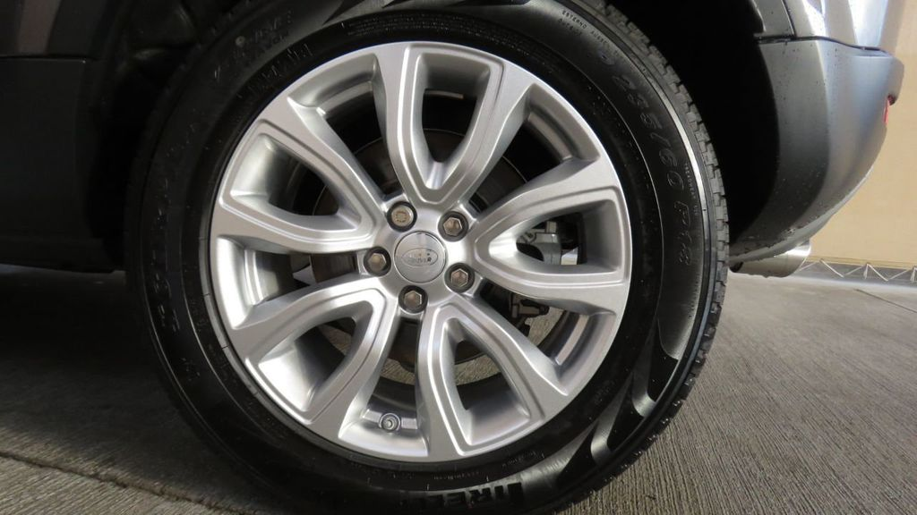 2019 Land Rover Range Rover Evoque COURTESY VEHICLE  - 18677820 - 33