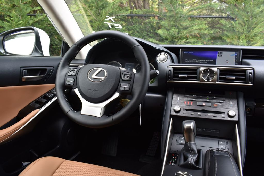 2019 Lexus IS IS 300 AWD - 18936863 - 33