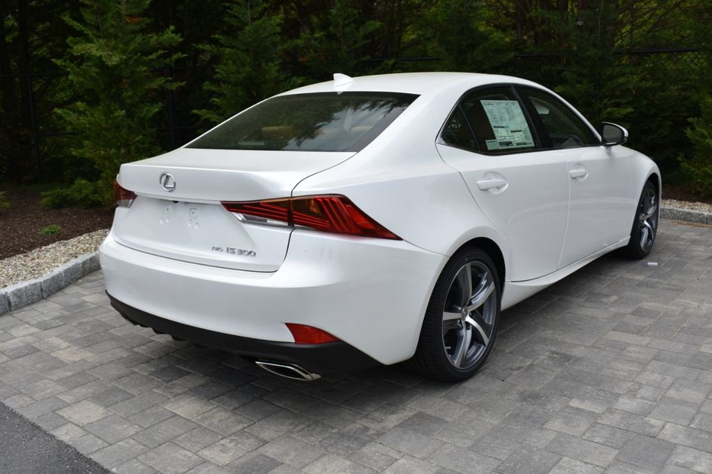 2019 Lexus IS IS 300 AWD - 18936863 - 4