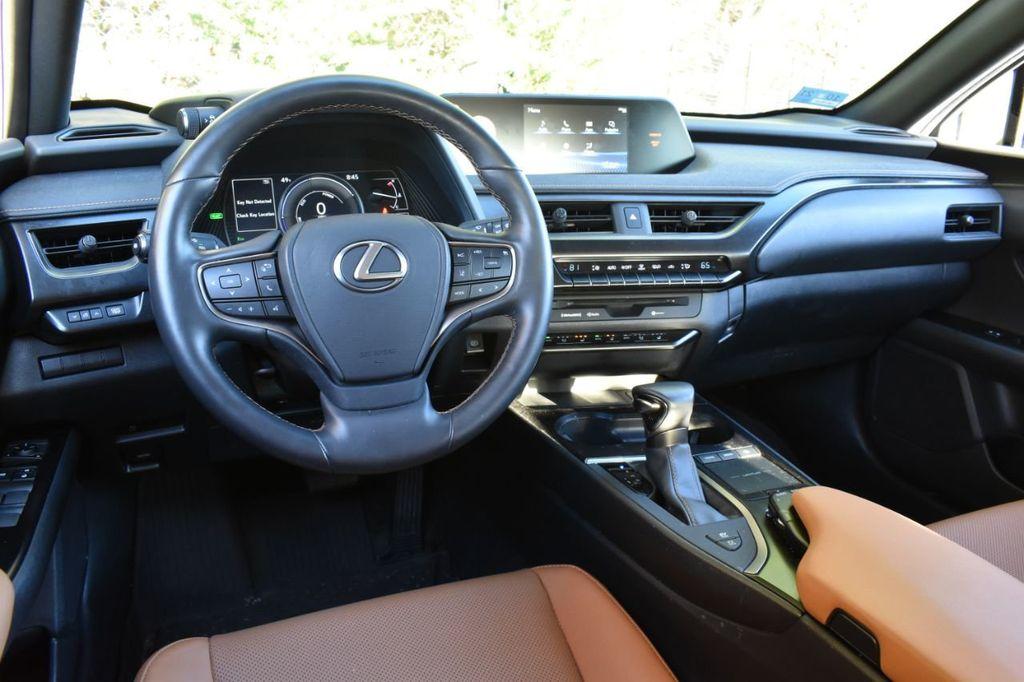 2019 Lexus UX UX 250h AWD - 18642754 - 20