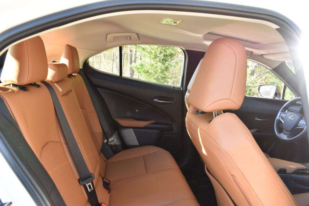 2019 Lexus UX UX 250h AWD - 18642754 - 26