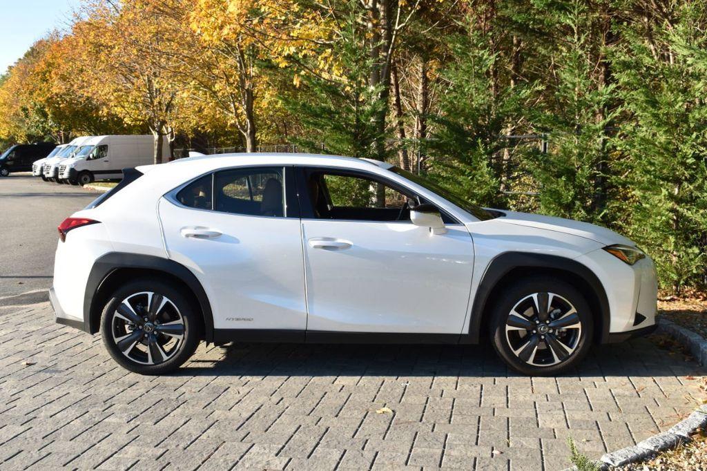 2019 Lexus UX UX 250h AWD - 18642754 - 28