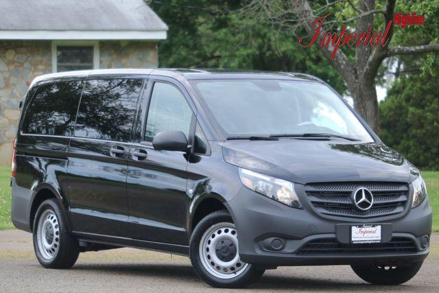 """2019 Mercedes-Benz Metris Passenger Van Metris Passenger Van Standard Roof 126"""" Wheelbase"""