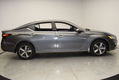 2019 Nissan Altima 2.5 SV AWD Sedan - Click to see full-size photo viewer