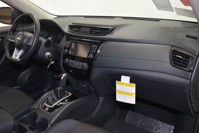 2019 Nissan Rogue  SUV - Click to see full-size photo viewer