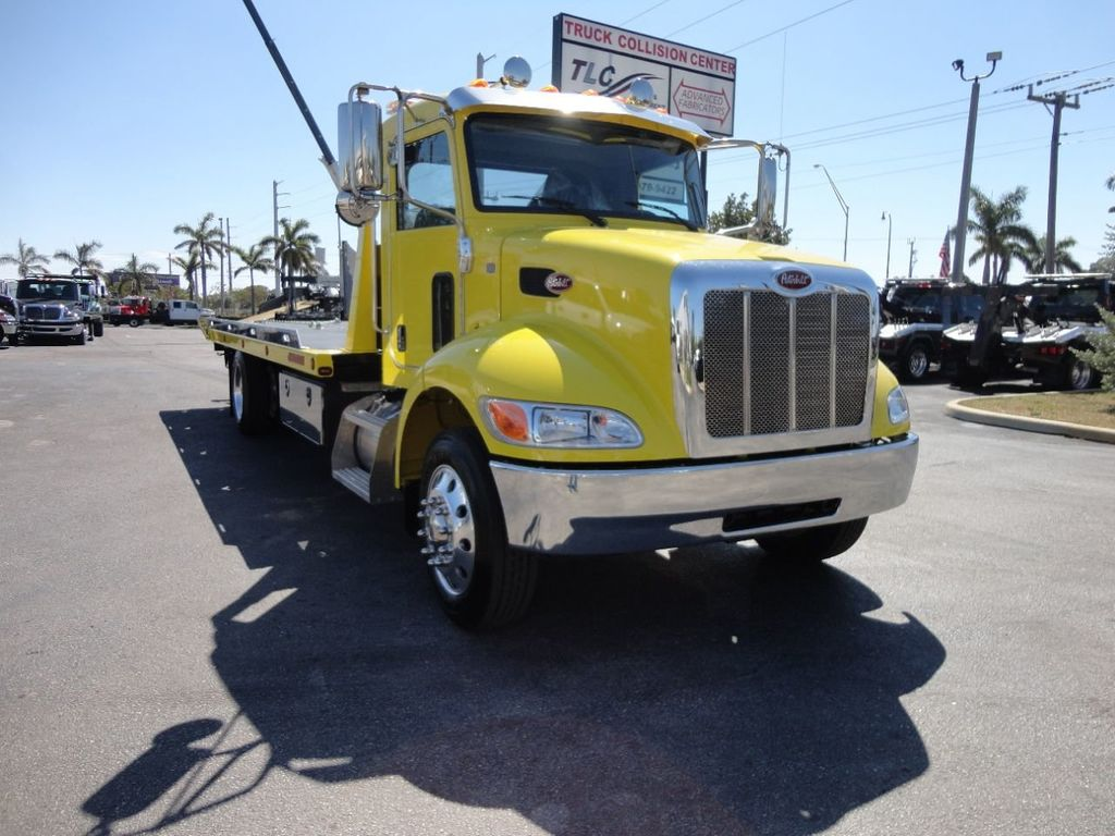 2019 Peterbilt 337 ..AIR BRAKE..AIR RIDE SUS.22SRRD6T-W-LP SHARK ROLLBACK - 17431679 - 2