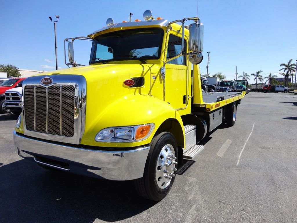 2019 Peterbilt 337 ..AIR BRAKE..AIR RIDE SUS.22SRRD6T-W-LP SHARK ROLLBACK - 17431679 - 4