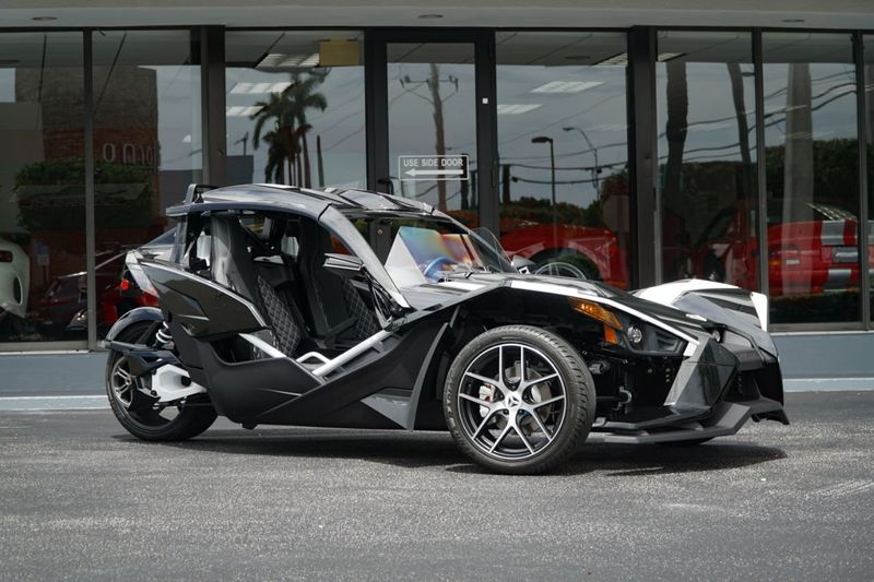2019 Polaris Slingshot GT LE  - Click to see full-size photo viewer