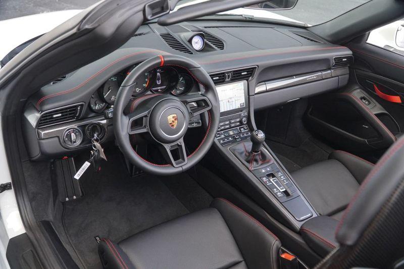 2019 Porsche 911 Speedster Cabriolet - Click to see full-size photo viewer