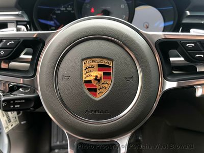 2019 Porsche Macan S AWD SUV - Click to see full-size photo viewer