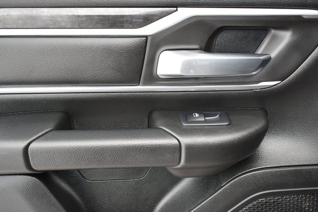 "2019 Ram 1500 Big Horn 4x2 Quad Cab 6'4"" Box - 18712707 - 11"