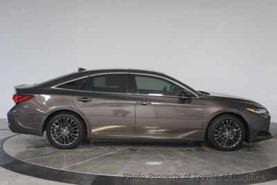 2019 Toyota Avalon Hybrid Hybrid XSE Sedan - Click to see full-size photo viewer