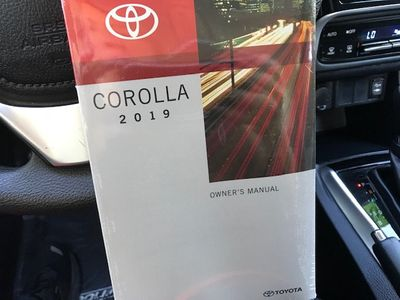 2019 Toyota Corolla LE CVT - Click to see full-size photo viewer
