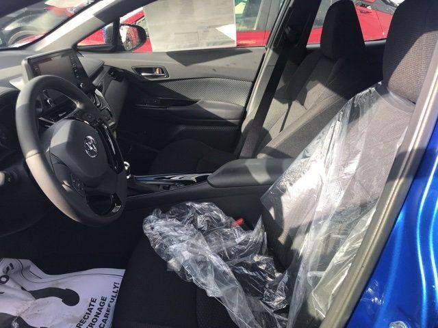 2019 Toyota C-HR  - 18111720 - 22