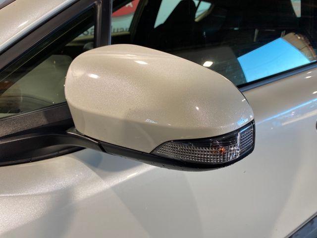 2019 Toyota C-HR  - 18125196 - 5