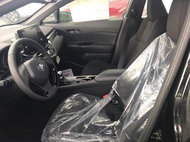 2019 Toyota C-HR  - 18125200 - 24