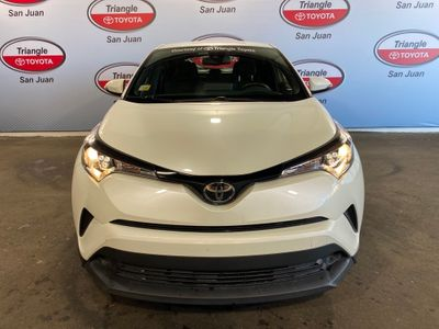 2019 Toyota C-HR XLE FWD SUV - Click to see full-size photo viewer