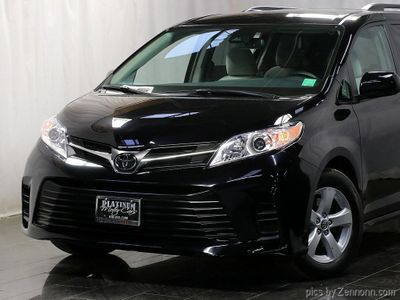 2019 Toyota Sienna LE Automatic Access Seat FWD 7-Passenger - Click to see full-size photo viewer