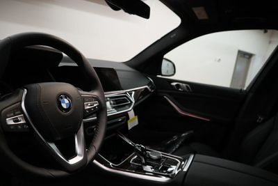 2020 BMW X5 sDrive40i Sports Activity Vehicle SUV - Click to see full-size photo viewer