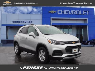 2020 Chevrolet Trax AWD 4dr LT SUV - Click to see full-size photo viewer