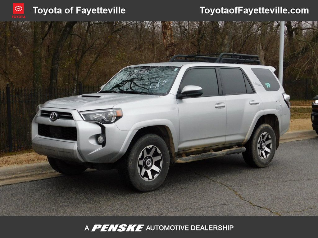 Certified Pre Owned 2020 Toyota 4runner Trd Off Road 4wd For Sale In Fayetteville Arkansas 5747996 Penskecars Com