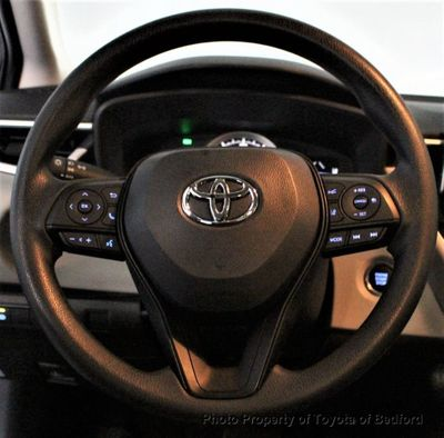 2020 Toyota Corolla LE CVT Sedan - Click to see full-size photo viewer