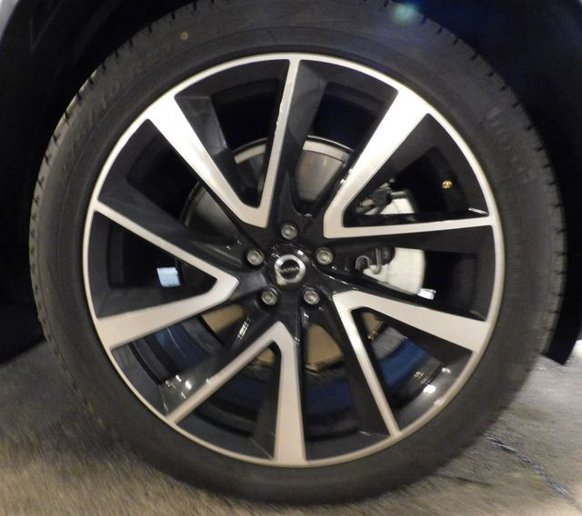 2020 Used Volvo XC90 T6 AWD Momentum 6 Passenger At Saw